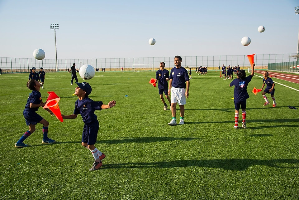 Futbol Net program supported by Shell and Barcelona Football Club Foundation aa10dda0d100b